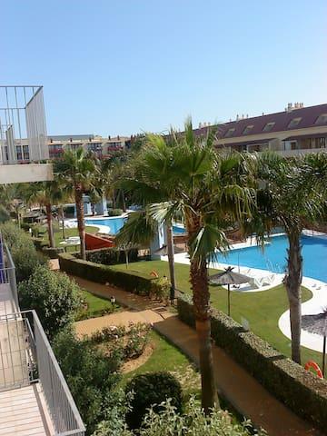 COQUETO APARTAMENTO IDEAL PARA PLAYA Y GOLF - Huelva - Apartament