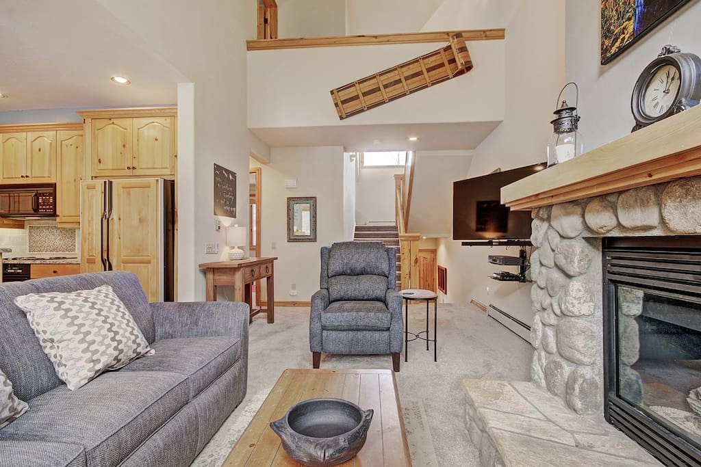 Living Room - Comfortable furnishings surround the gas fireplace.