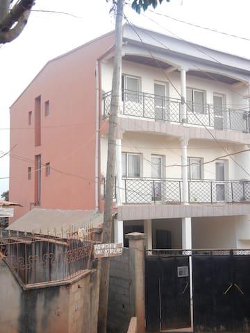 F4 meublé - Yaoundé - Apartment