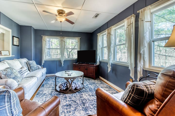 Dreamy, dog-friendly home w/private gas grill, forest views, and carriage house!