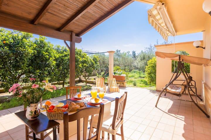 Villa il Pesco for holiday in Puglia. Beaches 10' - Provincia di Brindisi - Villa