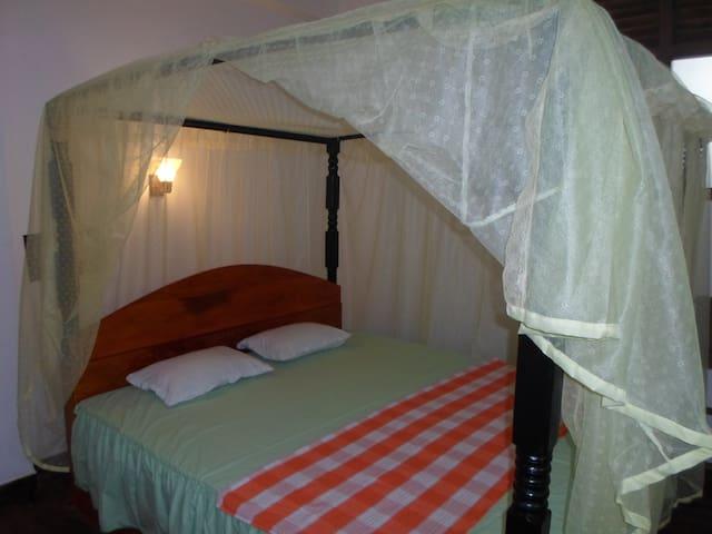 Double Room in Eco Villa-Sinharaja - Deniyaya - Oda + Kahvaltı