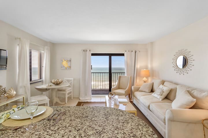 Coastal Chic Suite perfect for 2020 Beach Year!