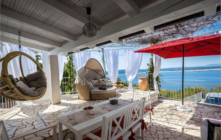 Nice home in Crikvenica with WiFi and 3 Bedrooms