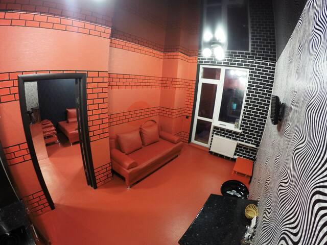 2-комн квартира-студия в элитном доме.