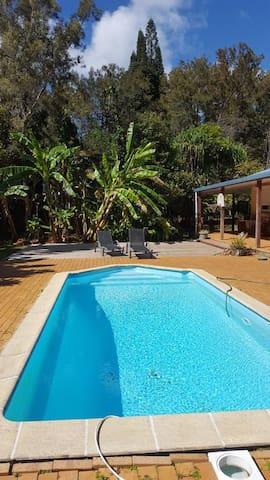 Villa 3 chambres & piscine dans la nature - Noumea - Vila