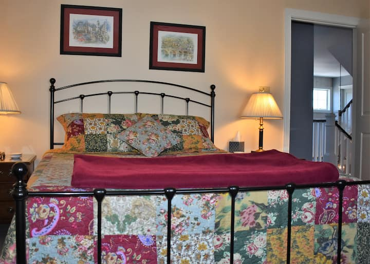 Zuhause ~ World Travel Room : Lake Placid Village