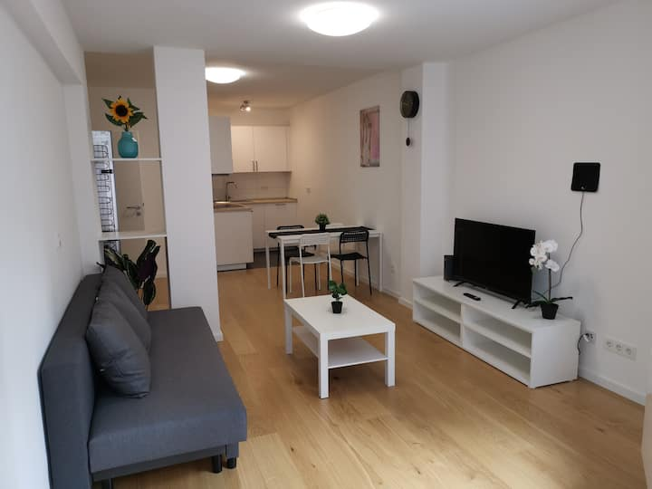 CentralCOM Apartment