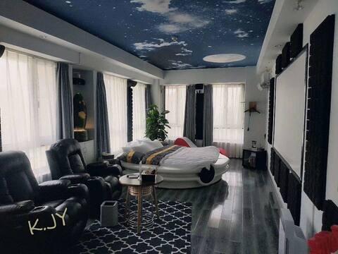 韩国KJY星空顶私家影院水床房(以超棒的观影效果为亮点)