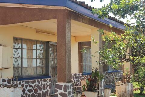Maison équipée tout confort- Ngozi