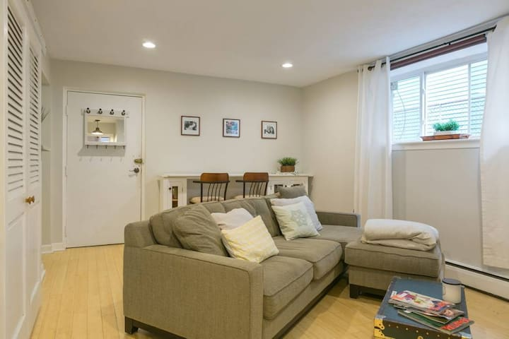 1BR Sublet with Parking at Inman Square! Pets OK.