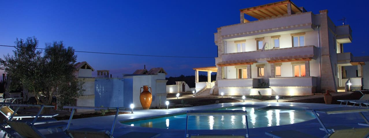 BLUE AND BLUE LUXURY BED AND BREAKFAST - Ugento - Bed & Breakfast