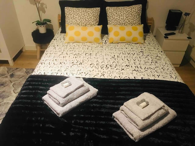 Clean & cosy place 15 minutes from Central Station