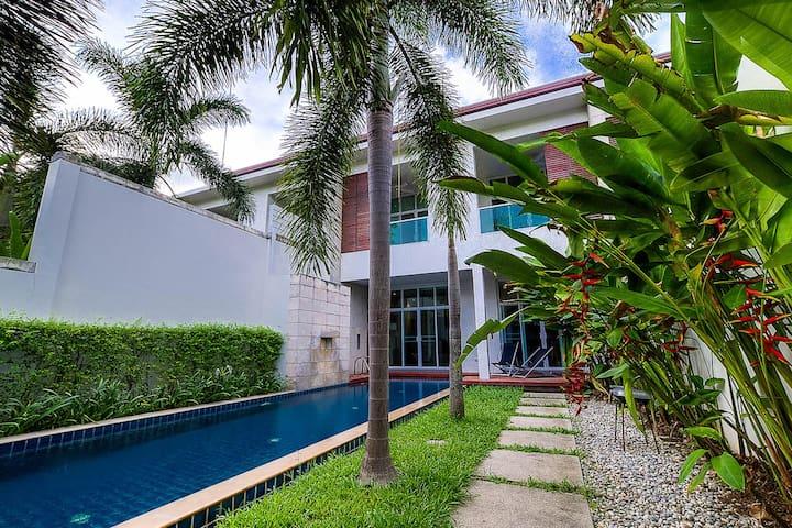Plumeria Yellow Villa, Phuket, Thailand
