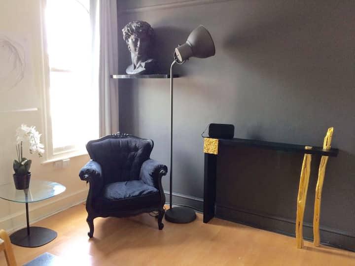 Cosy Designer double room Gravesend