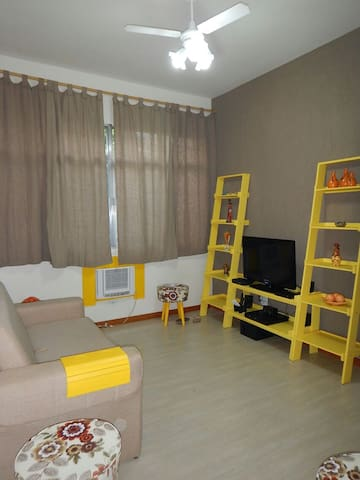 Complete apartment in Botafogo, up to 8 people