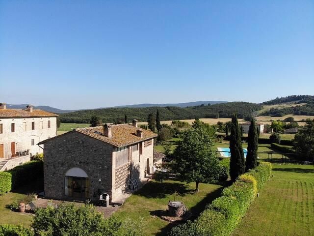 """""""Il Fienile del Sole"""" - Quality private house"""