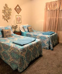 Two Twin Beds  Private Room