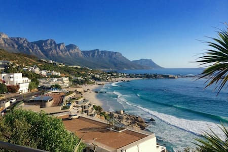 Clifton APT overlooking beaches - Cape Town