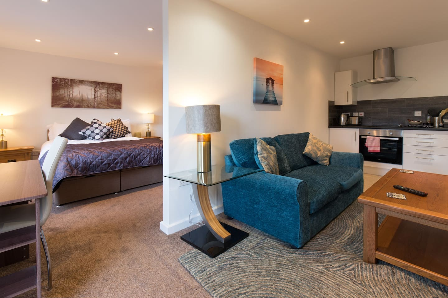 Lovely apartment, for private use and own entrance,  with lounge/kitchen, bedroom and ensuite.