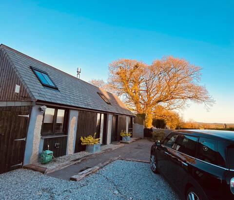 Beautiful Cornish Barn Conversion - Bennacott