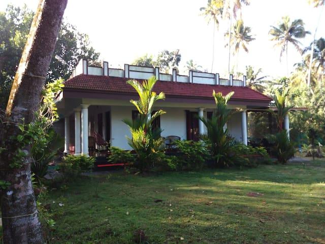 Angel's Homestay Marari - Kerala - House