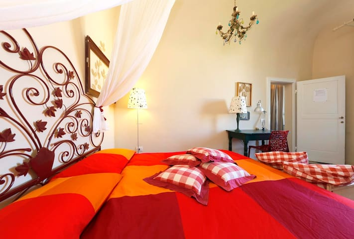 Spanish double bedroom WITH AIR CONDITIONER