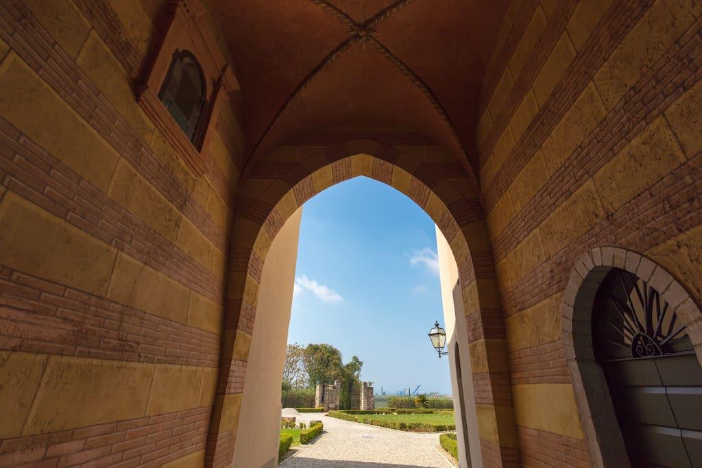 Entrata giardino della Villa