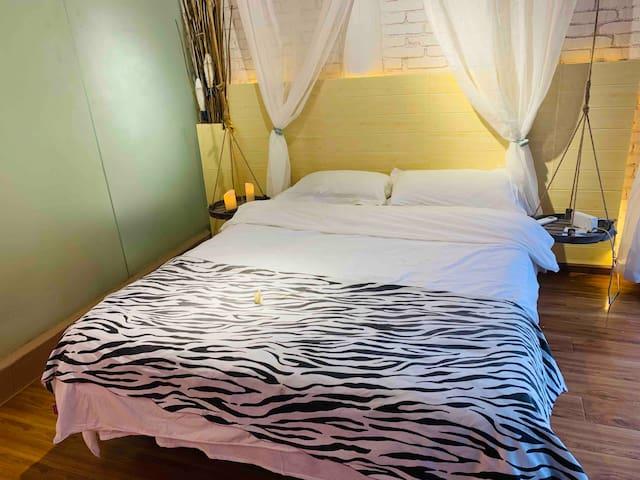 大理生如夏花客栈(新年大促)探索最古朴的白族民居 为你准备中式大床房