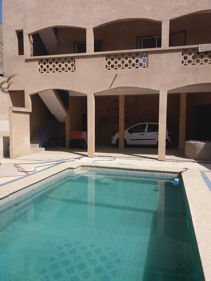 Maison 2 pièces au calme avec piscine, proche mer