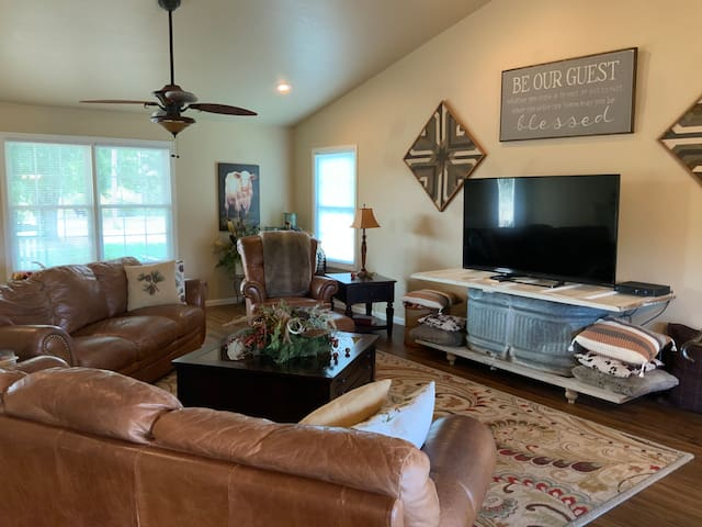 Double B Ranch Guest House