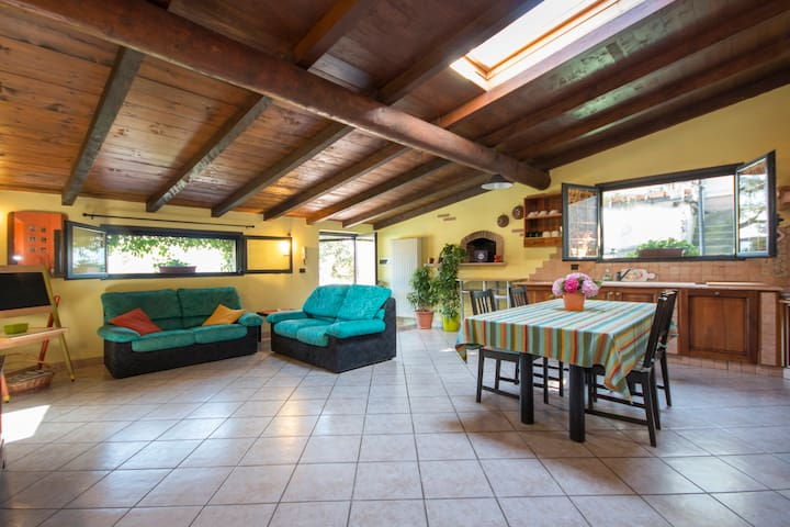 Michi House, relax in collina - Sant'antonio - Haus