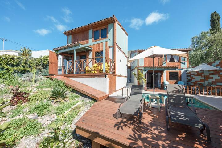 Holiday Home 'Las Hermanas' with Sea View, Mountain View, Wi-Fi, Terraces, Pool & Garden