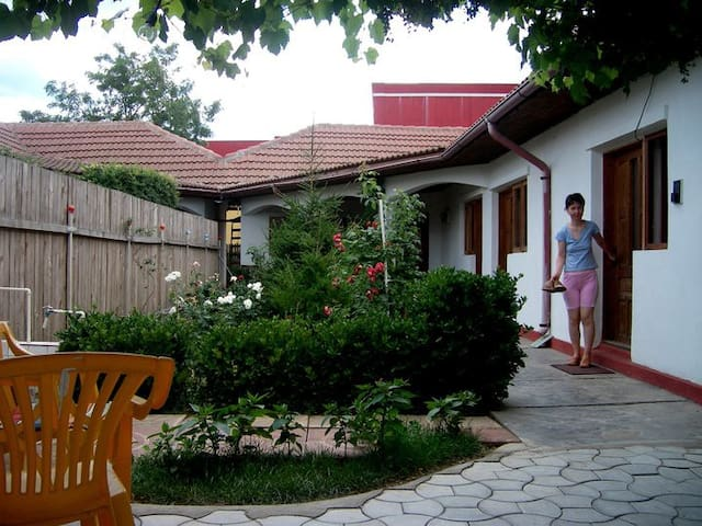 Casuta de la Mare (Lovely Beach Home) - Costinești - Huis