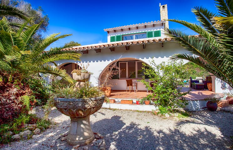 Villa Cecylia - Large Pool, Private and Isolated