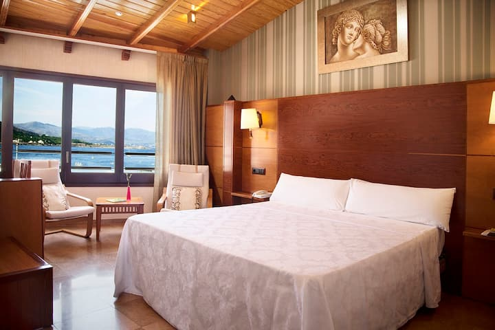 ROYAL SEA VIEWS ROOM- HOTEL PORTOCRISTO