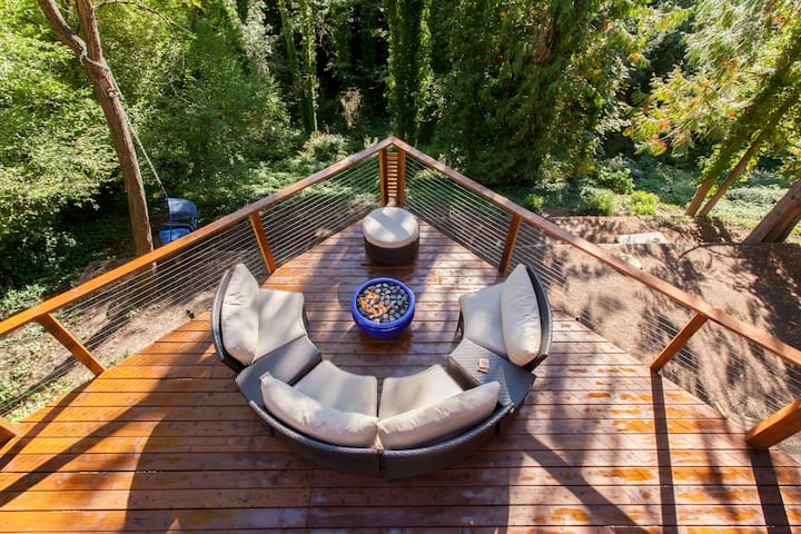 Mid Century Rustic Amazing Outdoor Space - Portland - Guest suite