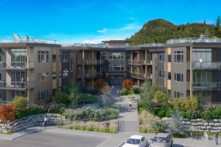 Squamish Skysuites 2 bdr Condo