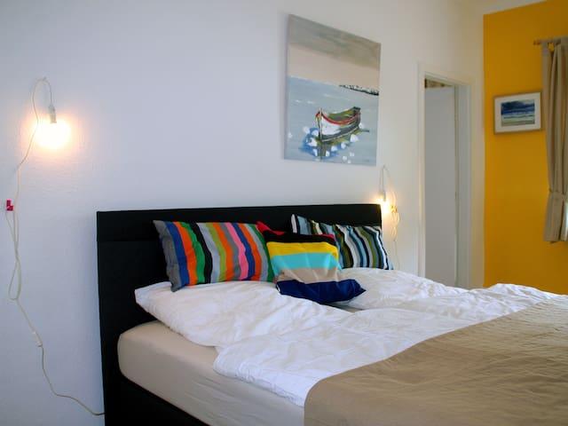 2-Zimmer-Studio mit Bad u. Mini-Küche