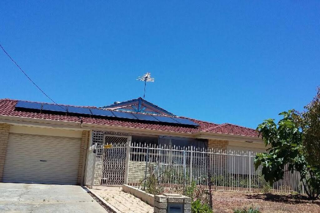 4 Bedroom Home with 1 Bedroom Self Contained Unit
