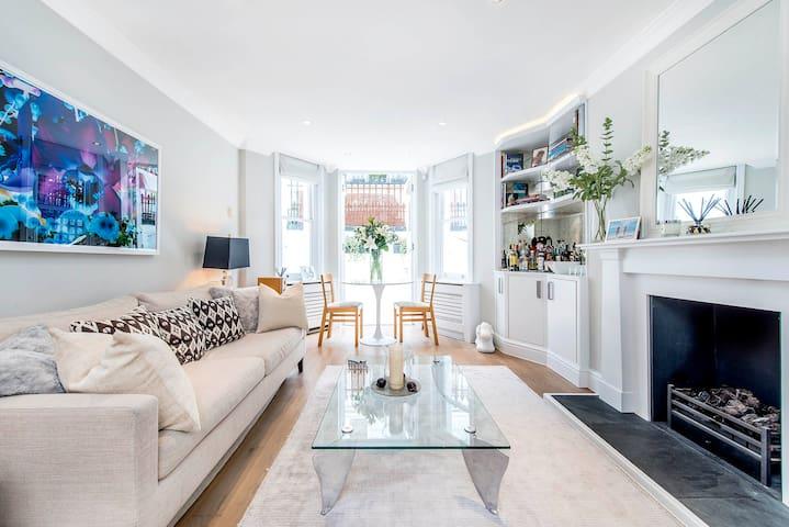 Luxury Chelsea Apartment