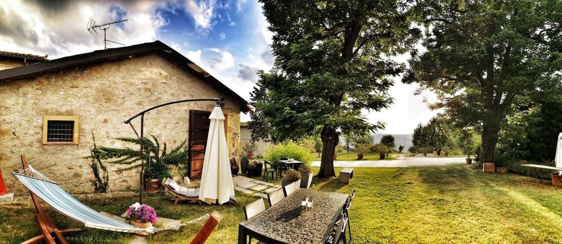 """Cottage in sasso a Zocca """"Il Castellaro"""" B&B"""