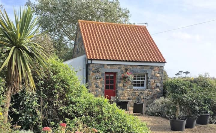 St Peters Country Cottages - Primrose Cottage