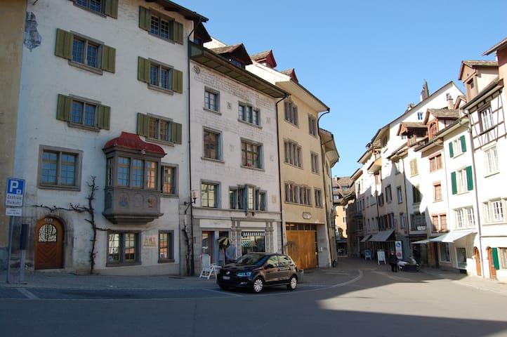 Altstadtwohnung, 2 Zimmer - Schaffhausen