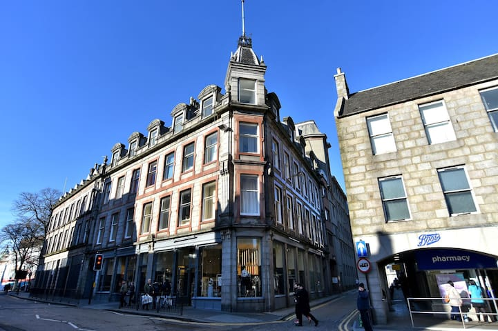 Prime, super central, fresh, period apartment. - Aberdeen - Apartamento