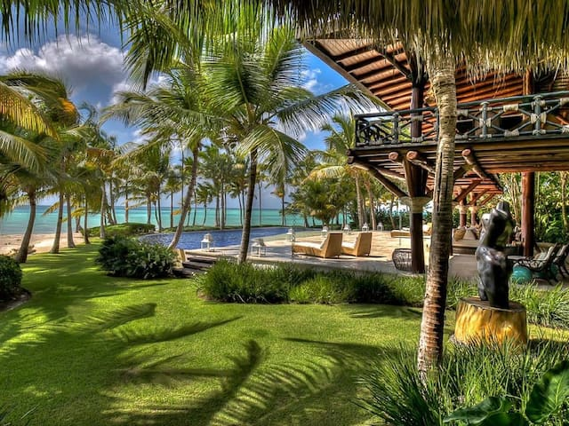 Las Hamacas Beachfront at Cap Cana - Higuey - Villa