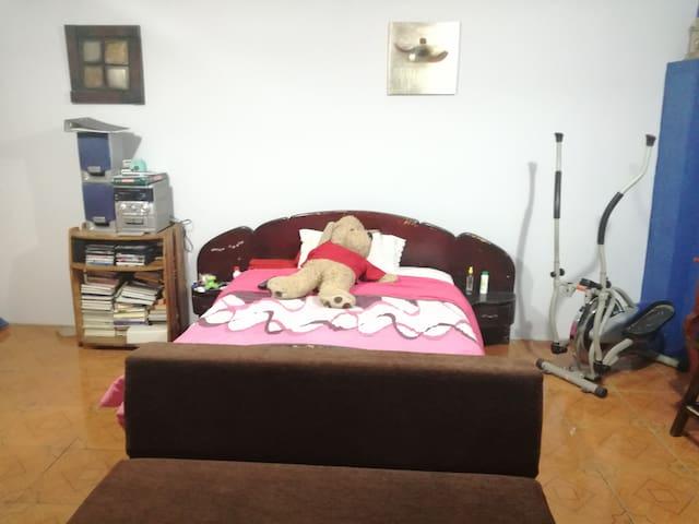 Habitación privada, en Quito