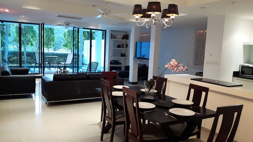 4 bed Golf villa  for 8 persons, pool, near Patong - Kathu - House