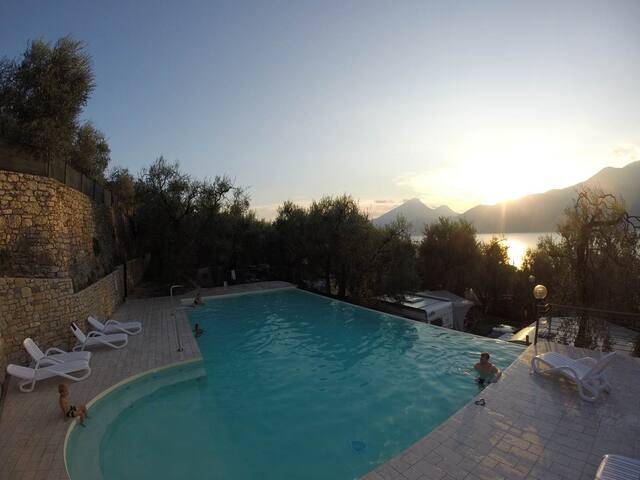 Appartamento  vista lago mozzafiato - Brenzone - Apartment