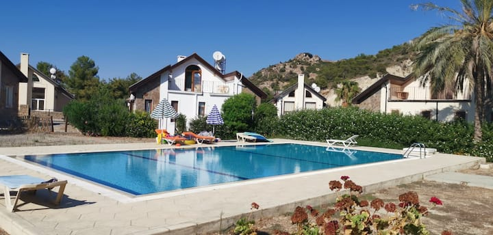 2 Bedroom Detached Villa